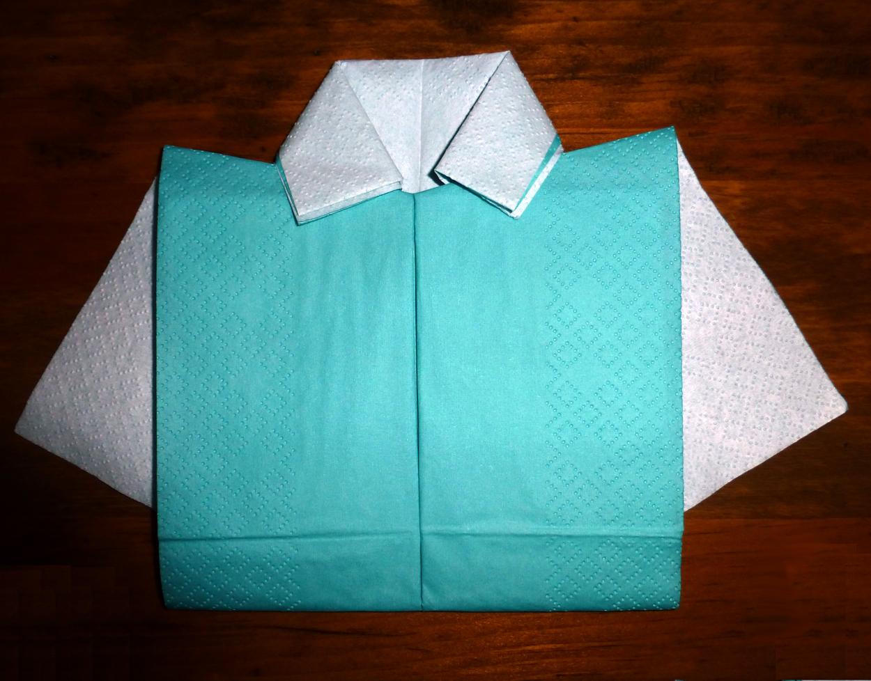 pliage en papier r aliser une chemise ou chemisette pliage de serviette de table en papier en. Black Bedroom Furniture Sets. Home Design Ideas